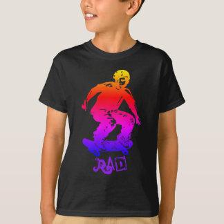 スケート選手の男の子の素晴らしいの虹のスケートボーダー Tシャツ