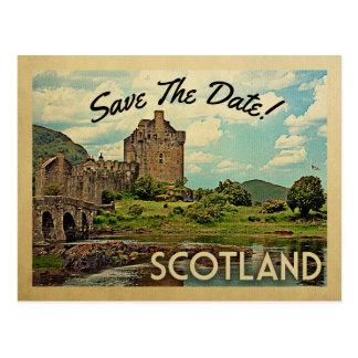 スコットランドの保存日付のEilean Donanの城 ポストカード