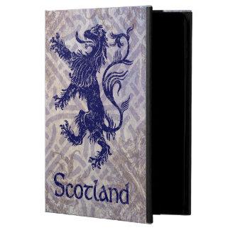 スコットランドの手がつけられないライオンの濃紺のケルト結び目模様 iPad AIRケース