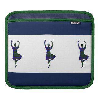 スコットランドの高地のダンサー iPad 用スリーブ