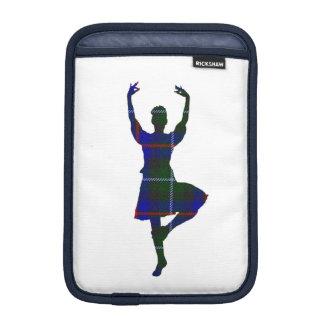 スコットランドの高地のダンサー iPad MINIスリーブ