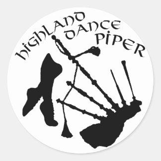 スコットランドの高地のダンスのパイパー ラウンドシール