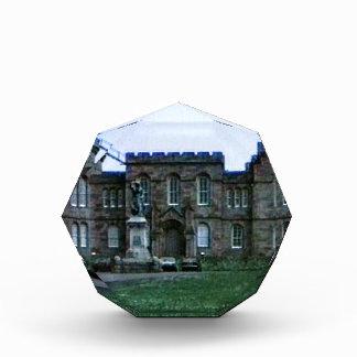 スコットランドインバーネスの城の芸術のスナップ37689aのjGibney 表彰盾