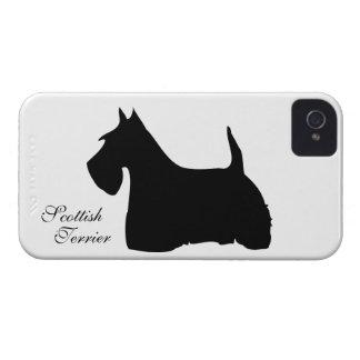 スコットランドテリア犬のシルエットのブラックベリーの箱 Case-Mate iPhone 4 ケース