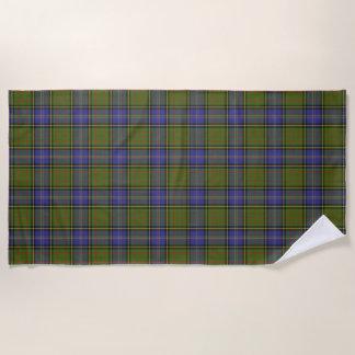 スコットランド人は一族のマクミラン狩りのタータンチェックにアクセントを置きます ビーチタオル