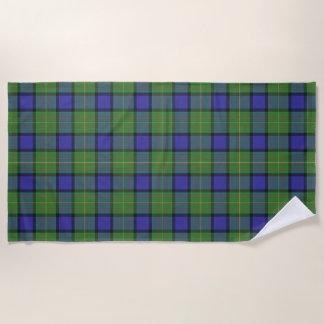 スコットランド人は一族のMuirのタータンチェックにアクセントを置きます ビーチタオル