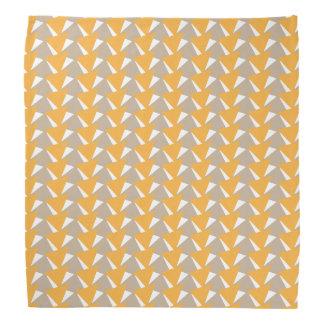 スタイリッシュでモダンな三角形の幾何学的なパターン バンダナ