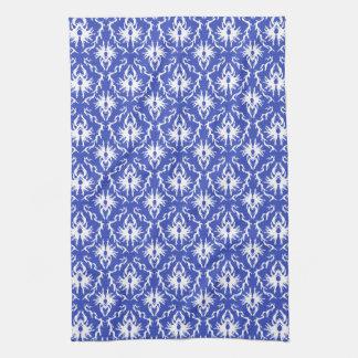 スタイリッシュなダマスク織パターン。 青および白 キッチンタオル