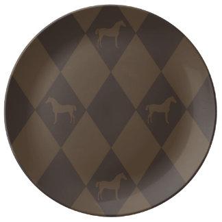 スタイリッシュなブラウンHarleqiunの馬パターン 磁器プレート