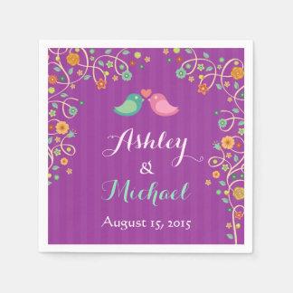 スタイリッシュな紫色の渦巻花愛鳥の結婚 スタンダードカクテルナプキン