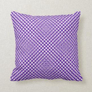 スタイリッシュな紫色の織り目加工のヘリンボンパターン(の模様が)ある クッション