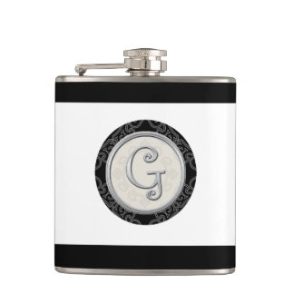 スタイリッシュな銀製のモノグラムのイニシャルG フラスク