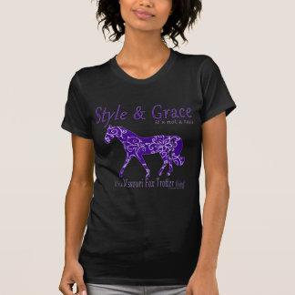スタイルおよび優美のミズーリのキツネの速歩馬の事 Tシャツ