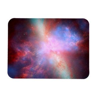 スターバストの銀河系M82 マグネット