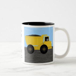 スティーブンのダンプトラックの名前入りな一流のマグ ツートーンマグカップ
