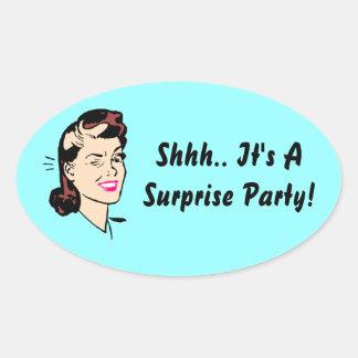 ステッカーShhh。 それはびっくりパーティです! まばたきのシール 楕円形シール
