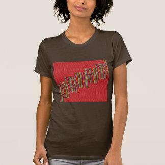 ステップグラフィックアート数々のなIMを渡る赤く膚触りがよいパターン Tシャツ