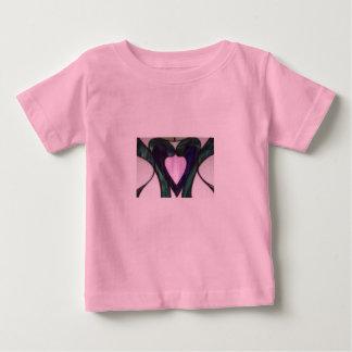 ステンドグラスのハートのワイシャツ ベビーTシャツ
