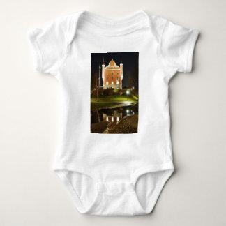 ストックホルム、スウェーデンの中世城 ベビーボディスーツ
