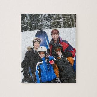 スノーボードが付いている家族のポートレート ジグソーパズル