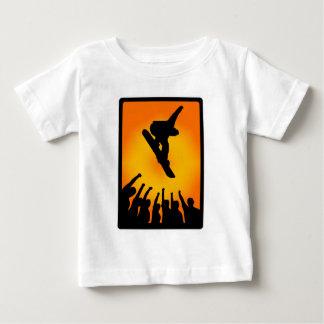 スノーボードの新しい時間 ベビーTシャツ