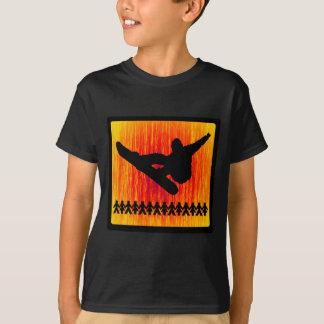 スノーボードの火地帯 Tシャツ