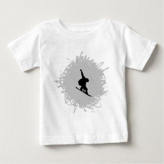 スノーボードの走り書きのスタイル ベビーTシャツ