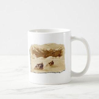 スノーモービルの競争 コーヒーマグカップ