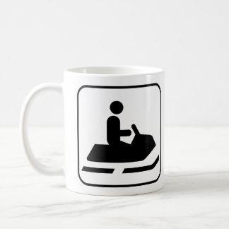 スノーモービルの記号のマグ コーヒーマグカップ