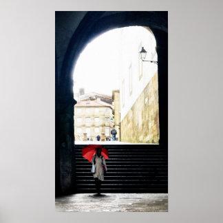 スペインのなアーチ2の赤い傘 ポスター