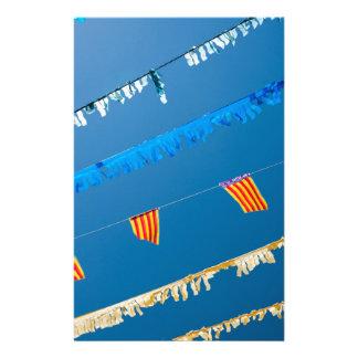 スペインのな通りの旗布 便箋