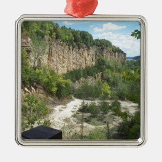 スペインの景色の鉱山 メタルオーナメント