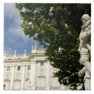 スペイン、マドリード。 王宮 タイル