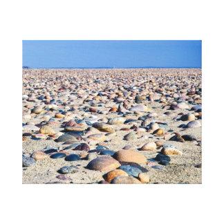 スペリオル湖のビーチの石 キャンバスプリント