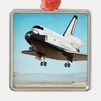 スペースシャトルのデジタルイラストレーション メタルオーナメント