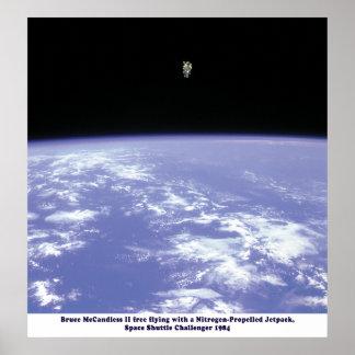 スペースシャトルの挑戦者のJetPackの歩行1984年 ポスター