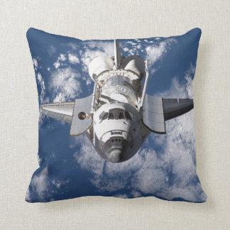 スペースシャトルの装飾用クッション クッション
