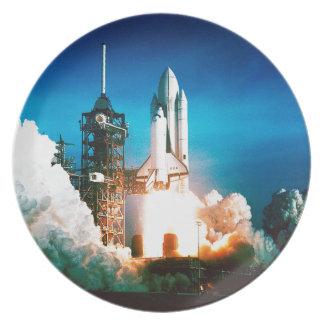 スペースシャトルの進水 プレート