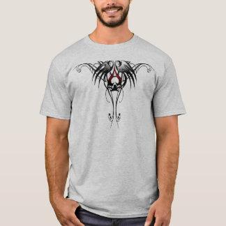 スペードの種族のデザインのエース Tシャツ