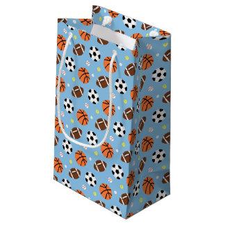 スポーツがテーマの男の子の誕生会の供給 スモールペーパーバッグ