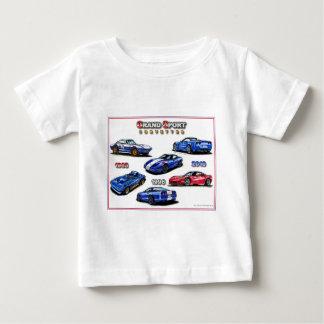 スポーツのコルベットの壮大なモンタージュ ベビーTシャツ