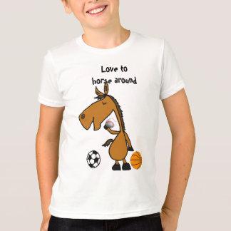 スポーツシャツのまわりの紀元前にHorsing Tシャツ
