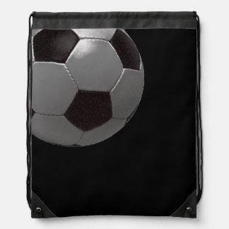 スポーツテーマの黒いフットボールの球 ナップサック