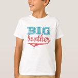 スポーティなお兄さんのTシャツ Tシャツ
