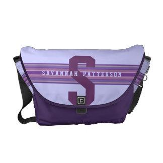 スポーティな女の子のはっきりしたな紫色のモノグラムのストライプ メッセンジャーバッグ