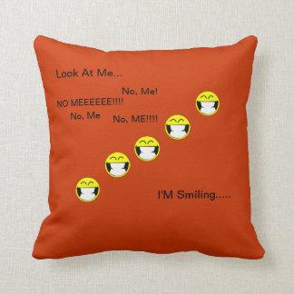 スマイルの枕 クッション