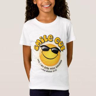 スマイルのcuzの… yes、私は少し失敗の日光です tシャツ