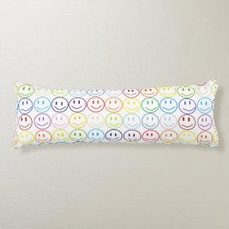スマイル体の枕 抱き枕
