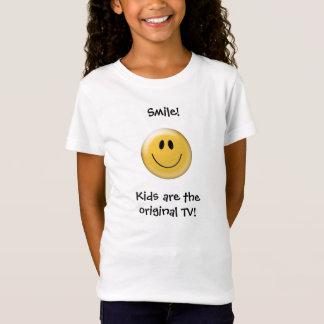 スマイル! 子供はオリジナルTVです! Tシャツ