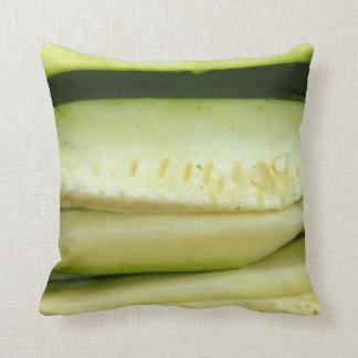 スライスされたズッキーニの野菜食糧写真 クッション
